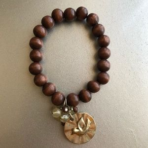"Beaded ""peace"" bracelet"